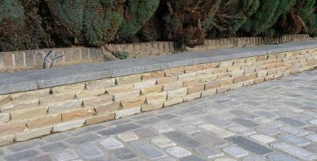 Natural Stone Setts