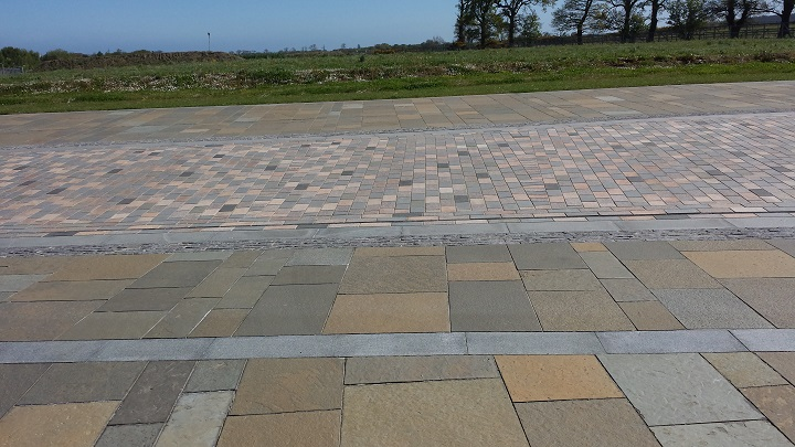 A range of setts and paving features across the campus…