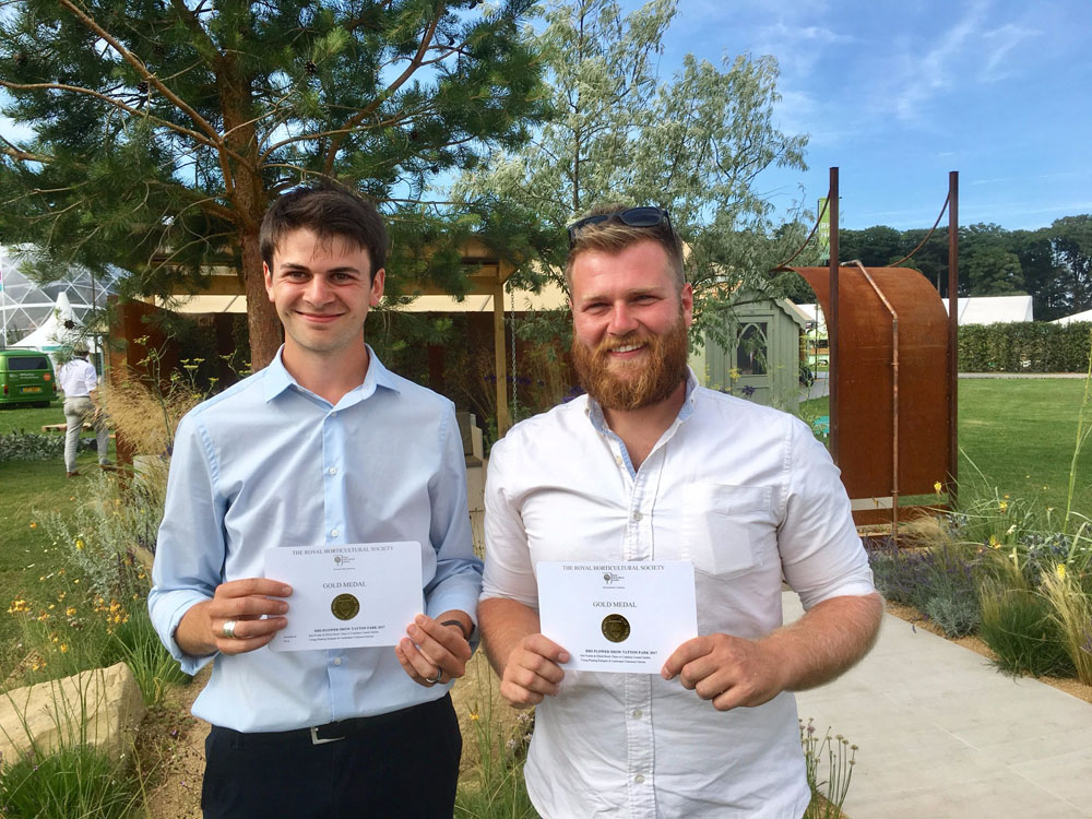 CED Stones Beside The Seaside: Supporting RHS Tatton Park Gold Winners Elliott Hood and Ben Poulter