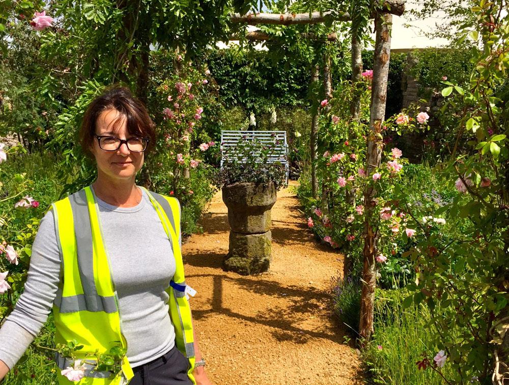 CED Pathway Leads Visitors Through BBC Gardeners' World Show Garden : Claudia de Yong