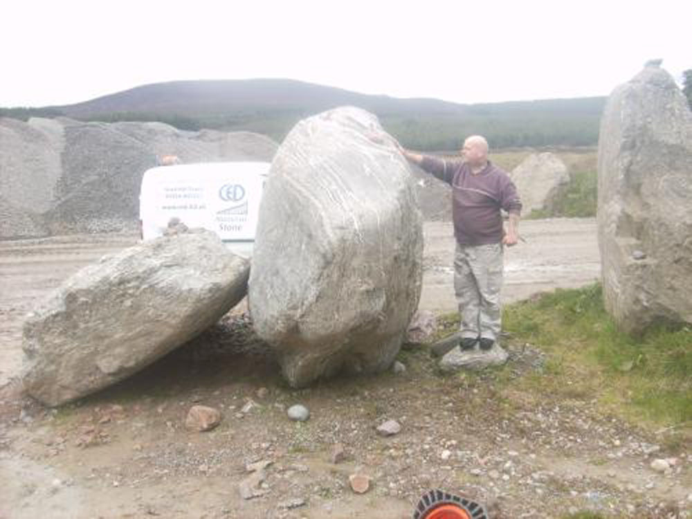 CED supplies Mega boulders to Victoria Park