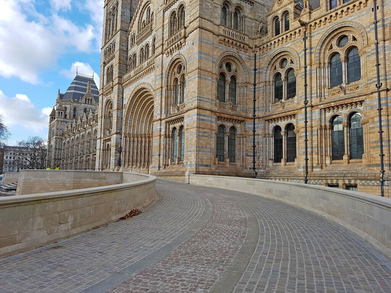 Natural History Museum, London - Swedish Granite, Italian Porphyry and Scottish Green Schist