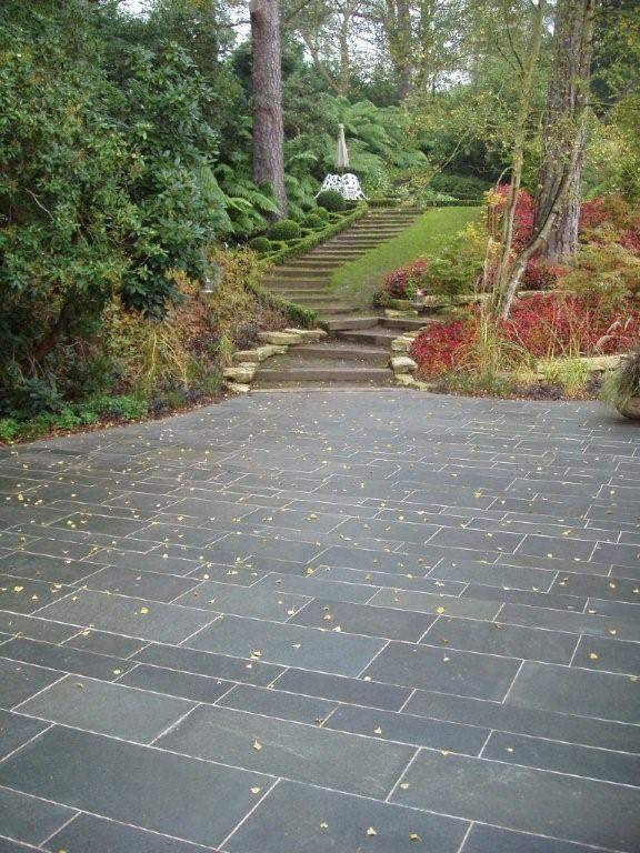 Alta Quartzite Paving in Private Garden. Designer - Julie Toll. Contractor - Sienna Earth