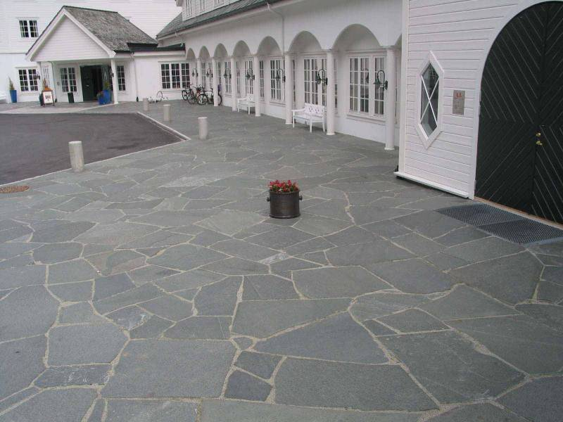 Alta Quartzite Paving. Hotel in Norway