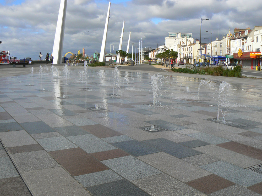 Various granite paving at Southend City Beach. Contractor - Carillion plc. For further details and images of this job please visit our Projects-Public Spaces Gallery.