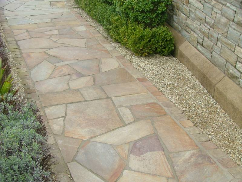 Donegal Quartzite Paving in Private Garden