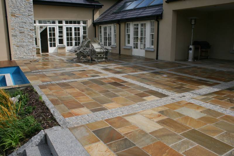 Donegal Quartzite Paving laid here in Patio and Dining area of Private Garden.
