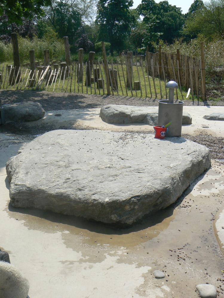 Play boulders at Victoria Park