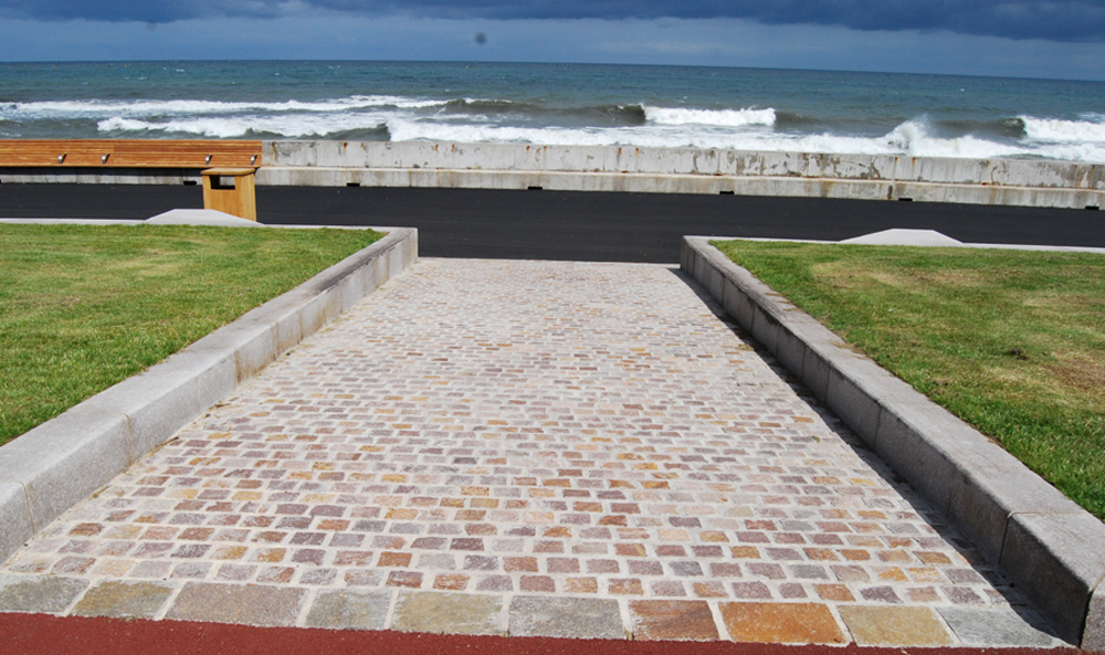 Porphyry setts at Seaburn Seafront' Sunderland. For further images and info on this job please visit our Projects Gallery.