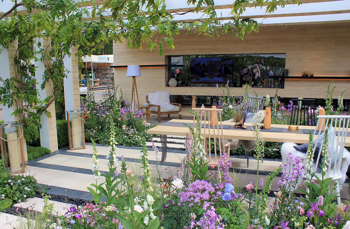 RHS Chelsea Flower Show 2016 - The LG Smart Garden | CED ...