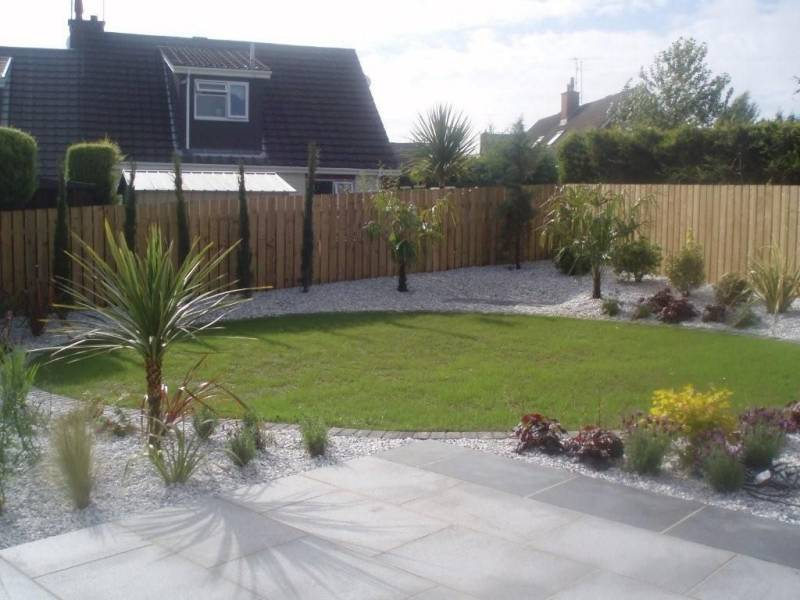 Silver Grey Granite Paving' Private Garden Patio.