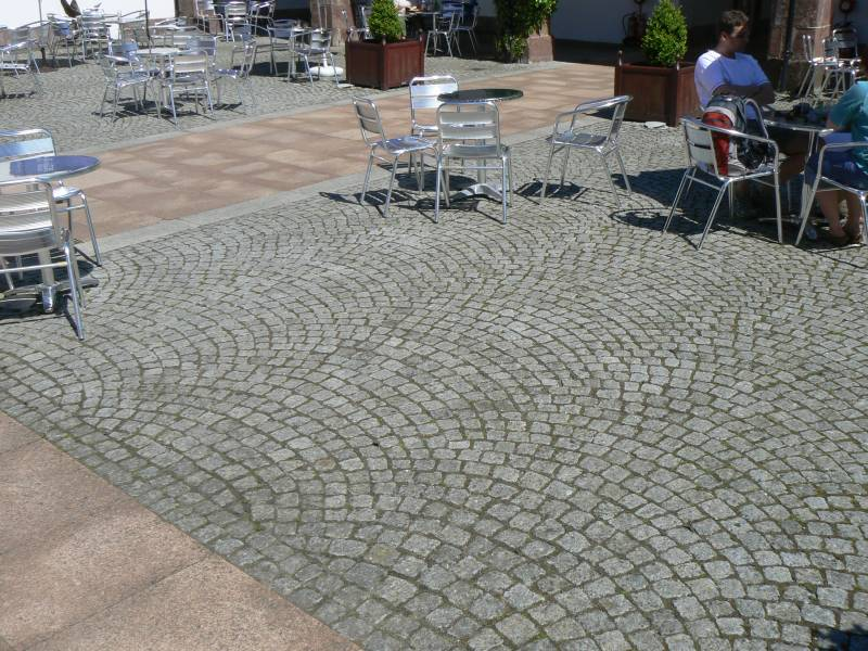 Silver grey cropped setts at The National Botanical Gardens of Wales. For further images and info on this job please visit our Projects Gallery.