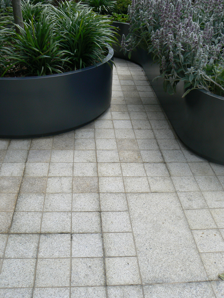 Yellow granite imperial setts at Whitelands House' London. For further images and info on this job please visit our Projects Gallery.