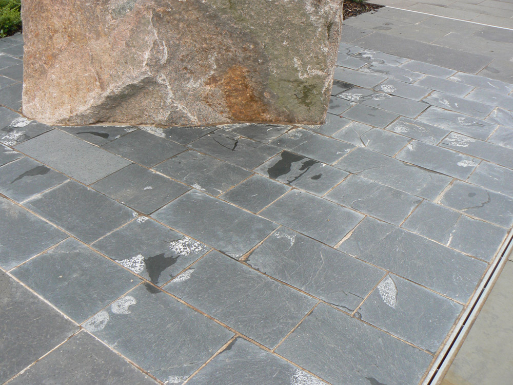 <p>Grey Cornish Slate</p>  <p>S1/86/1</p>  <p>Riven</p>  <p>300mm x 30mm approx x RL</p>  <p>This paving is readily available</p>